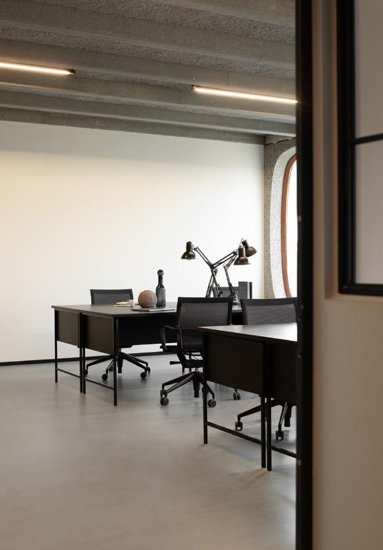 Il coworking ha bisogno dell hashtag modernism per for Uffici condivisi