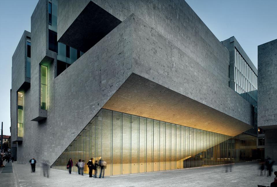 Nuova bocconi l 39 edificio e il libro for Sede bocconi milano