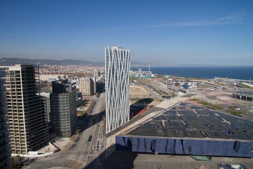 Torre diagonal zerozero for Architettura disegnata
