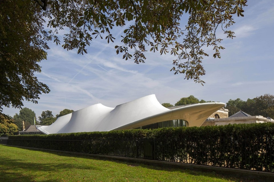 Zaha Hadid Architects, Serpentine Sackler Gallery. Photo © 2013 Luke Hayes