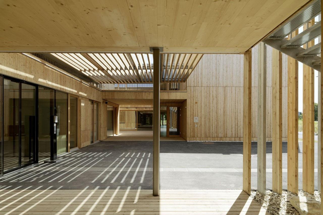 Casa di cura rosegger domus for Mazzocchi strutture in legno
