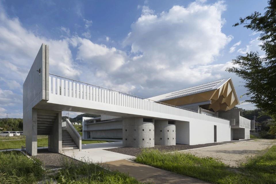 Miyahata jomon museum domus for Mazzocchi strutture in legno