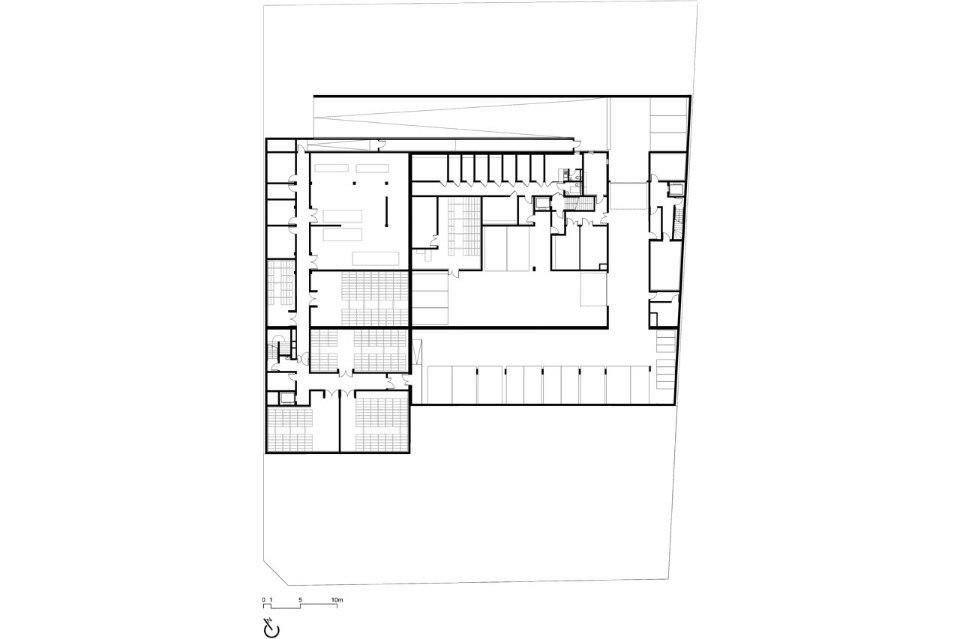 Palazzo di giustizia domus for 20 volume salon gilbert
