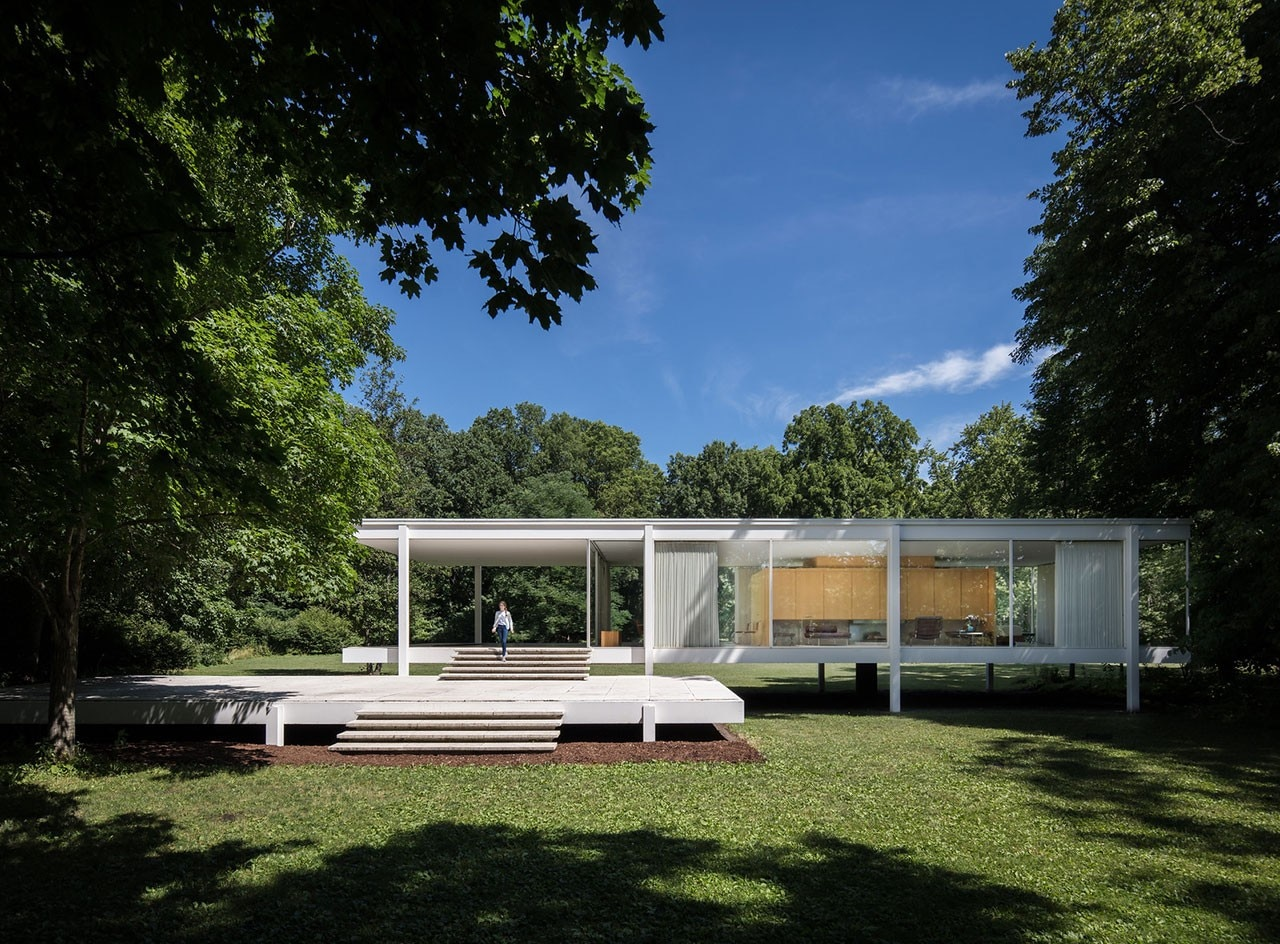 The history of the house designed by Mies van der Rohe for Edith Farnsworth
