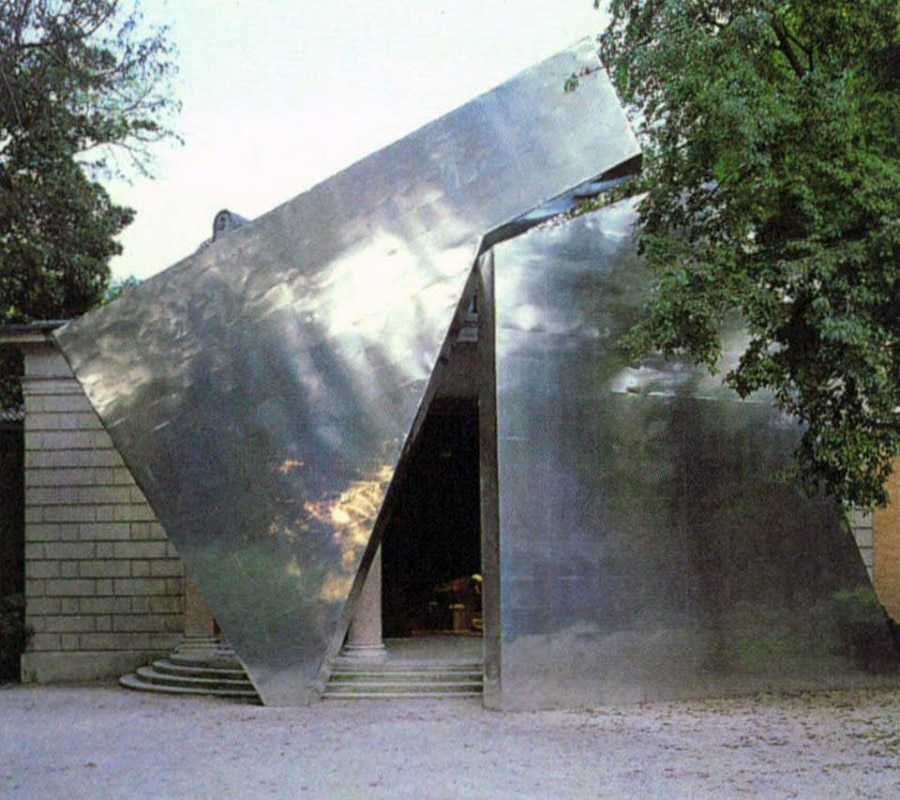 "Opening image: Italian Pavilion, the entrance of the exhibition curated by Hans Hollein, ""Sensing the Future – The Architect as Seismograph"".  Image above: French Pavilion (commissioner Frédéric Migayrou), Claude Parent designed the facade"