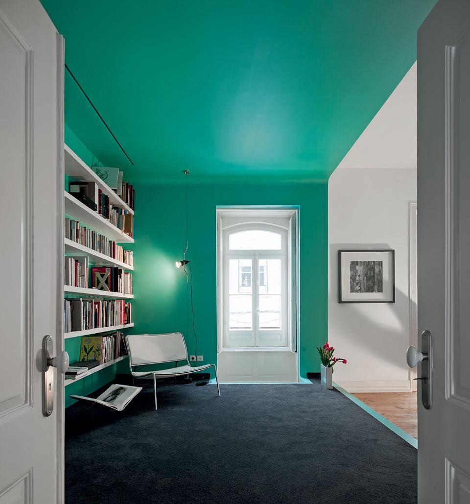 Elegant colore soffitto uguale pareti ispirazione design - Colori da interno ...