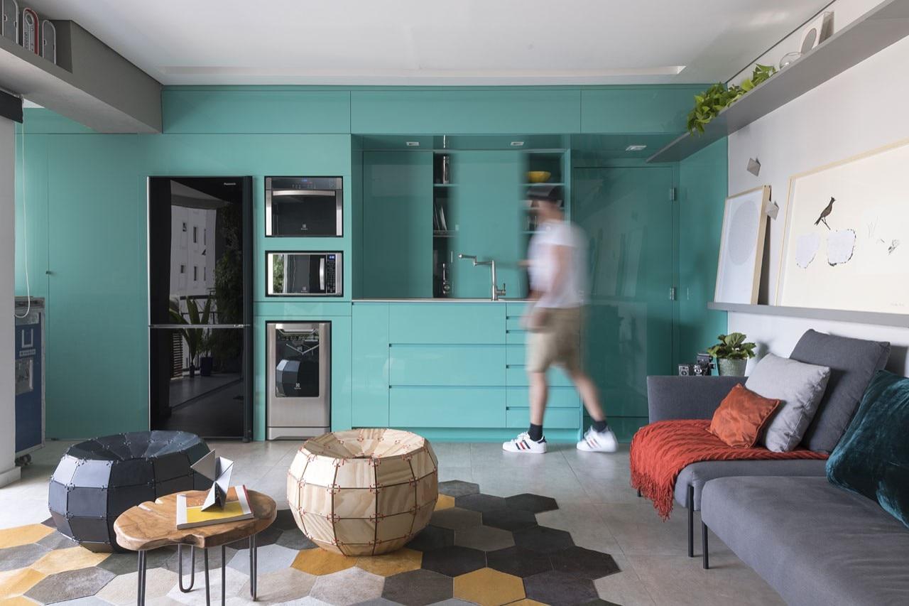 Flavio Castro Renovates An Apartment In Brazil With Aquamarine And  # Muebles Heve Castro