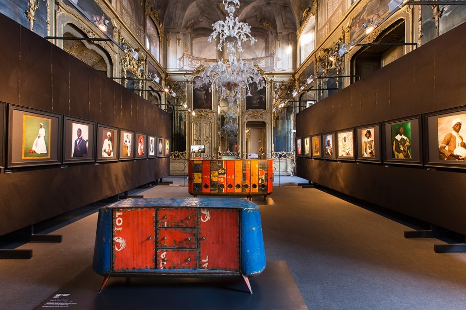 AfricaAfrica, exploring the Now of African design and photography, vista dell'installazione, Palazzo Litta, 2018