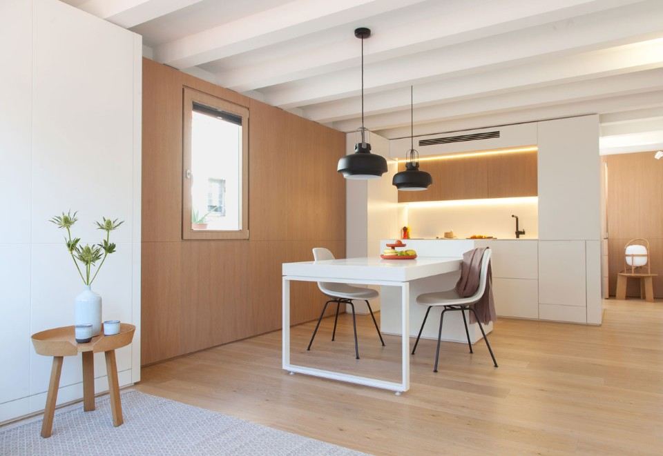 Mini apartment Barcelona by YLAB  Arquitectos  Barcelona