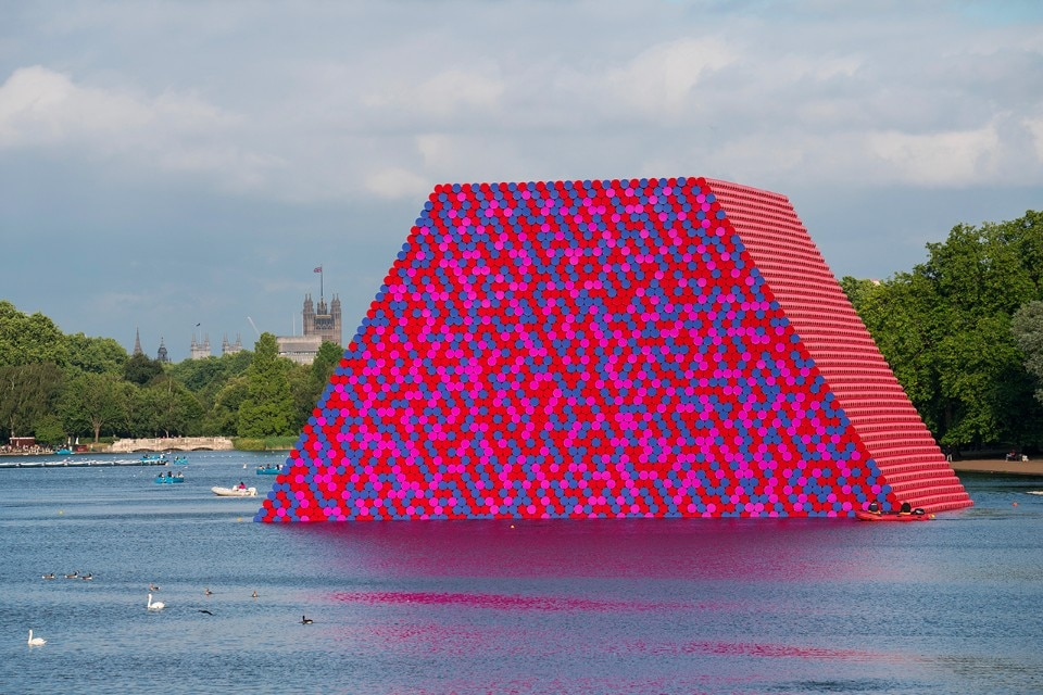 Christo and Jeanne-Claude, The London Mastaba, Hyde Park, 2018 - domus