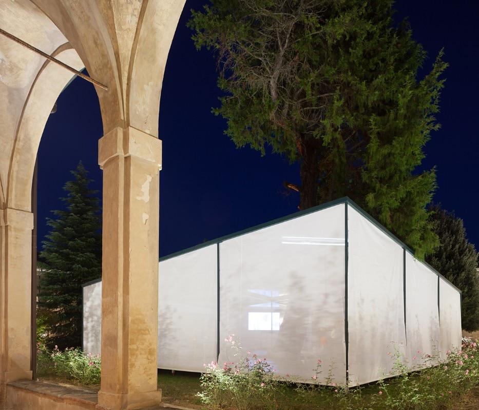 siena supervoid builds the garden pavilion a temporary structure inside the ancient certosa di. Black Bedroom Furniture Sets. Home Design Ideas