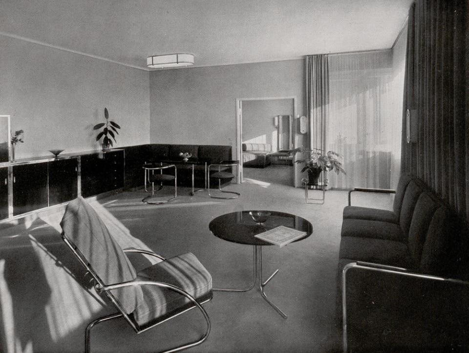 Mobili Design Bauhaus.The Vitra Design Museum Celebrates The Rise Of Tubular Steel