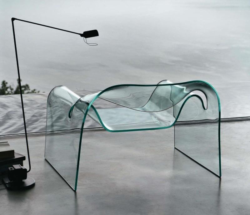 Fiam apre il primo outlet del design in vetro curvato for Outlet del design