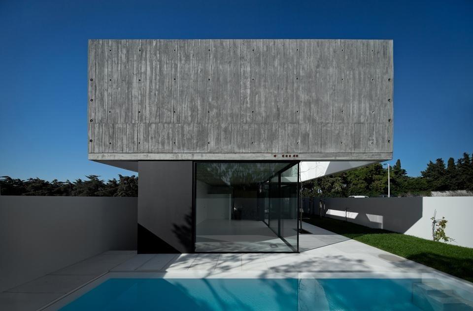 Una piccola casa di arx portugal domus for Progetto casa piccola