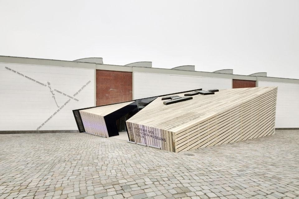 Daniel Libeskind, In-Between Spaces, Accademia del Museo Ebraico di Berlino, Berlino, Germania, 2012
