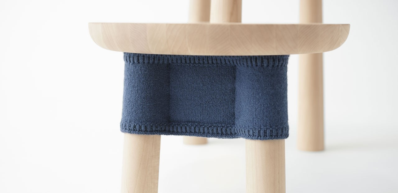 Nendo pooh table domus for Table th 00 02