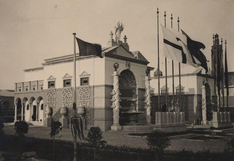 Architettura spettacolo domus for Piero portaluppi