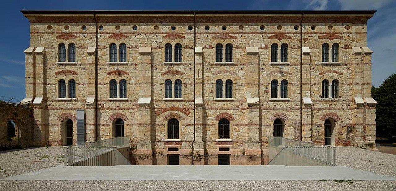 Architettura d oro domus for Architettura italiana