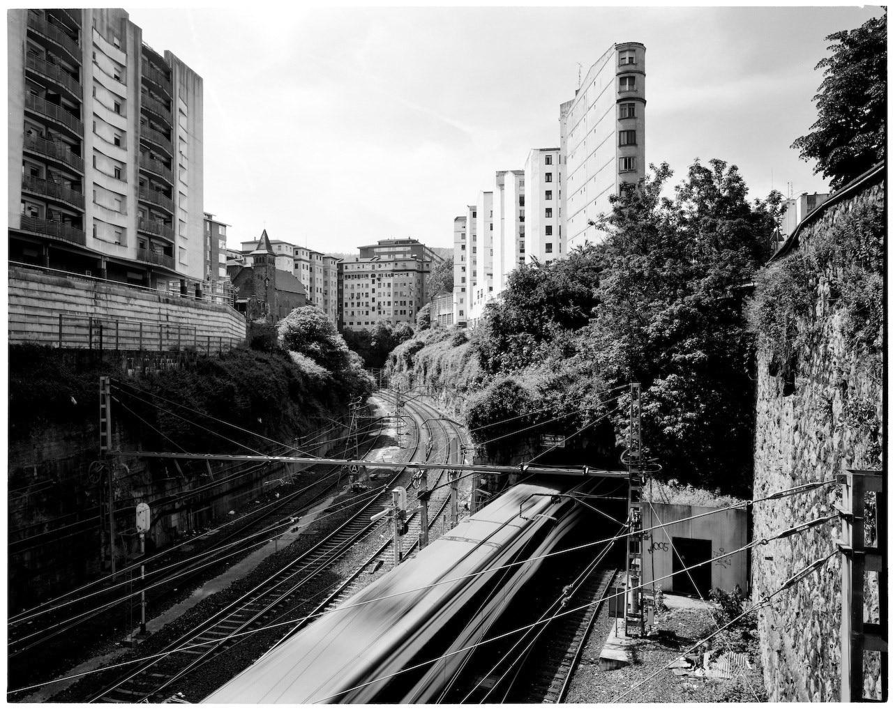 Ettore Moni: Suburbia