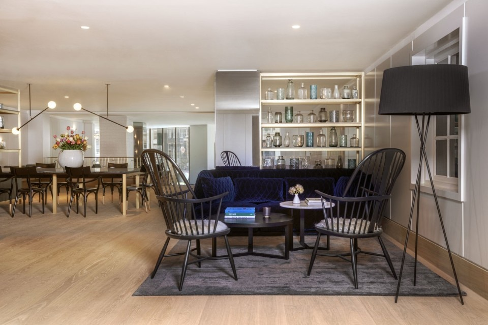 The kimpton de witt hotel in amsterdam is all about dutch for Mobilia woonstudio amsterdam