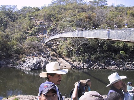 The Puente Internacional on the Rio Lempa, between Honduras and El Salvador