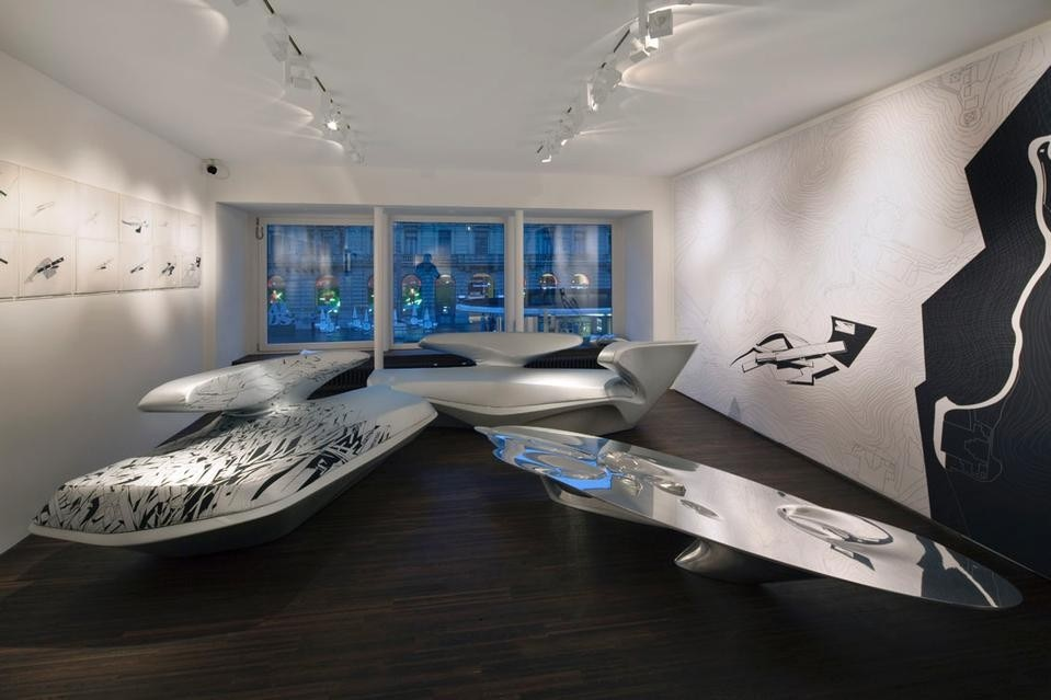 Zaha Hadid and Russian avantgarde at Galerie Gmurzynska Domus