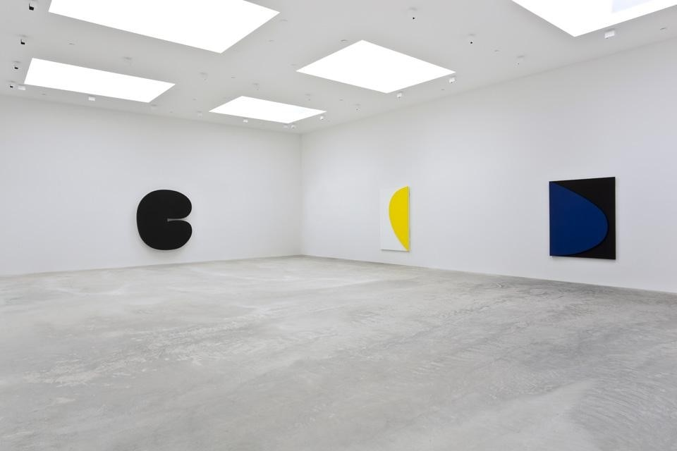The venue opened its West Coast outpost in late January with the exhibition <em>Ellsworth Kelly: Los Angeles</em>, a collection of the 88-year old artist's spare geometries