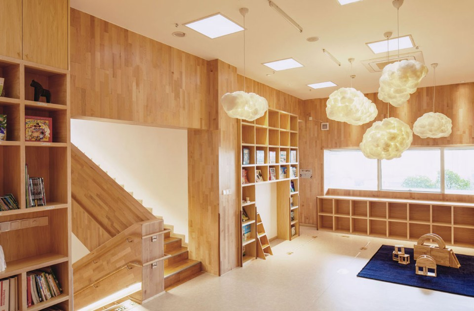 The child-scaled and multi-sensory design of a Montessori Kindergarten in China