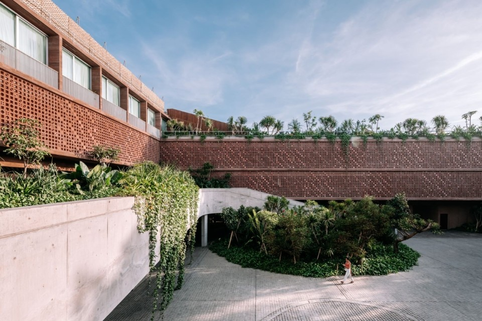 OMA's first Balinese hotel doesn't look like OMA