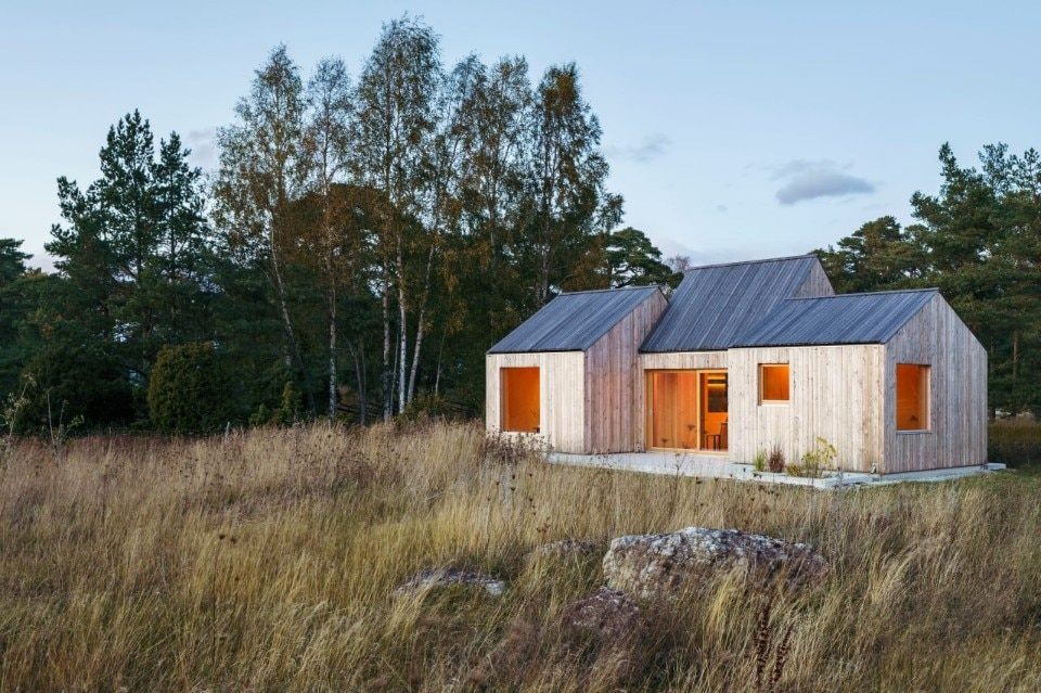 A house inspired by old fishermen's huts in Sweden