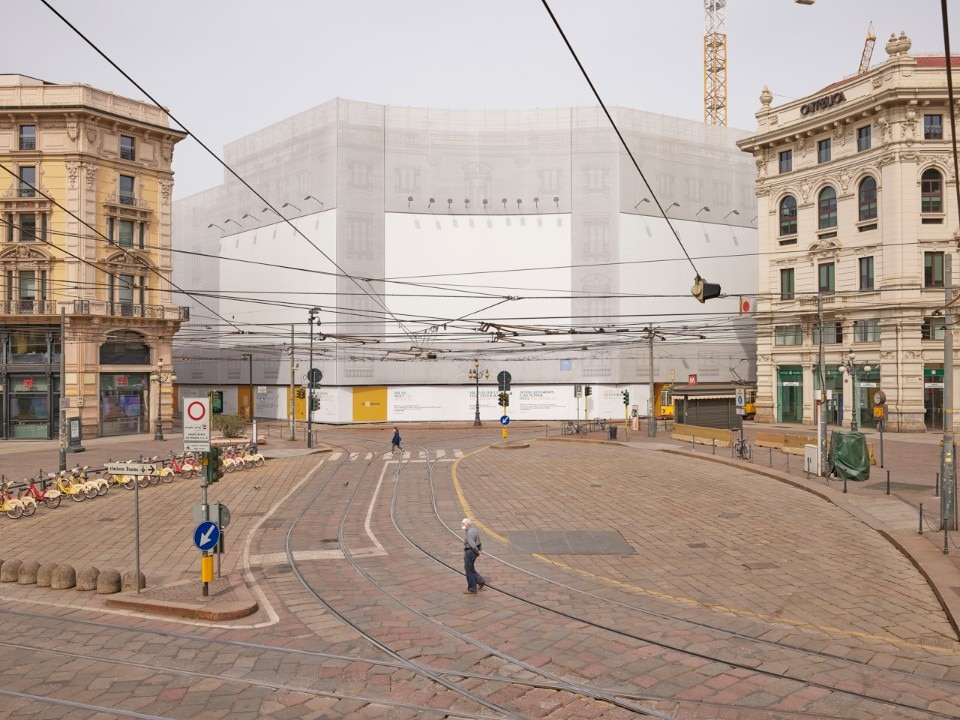 Milan's empty billboards portrayed by Giovanni Hänninen