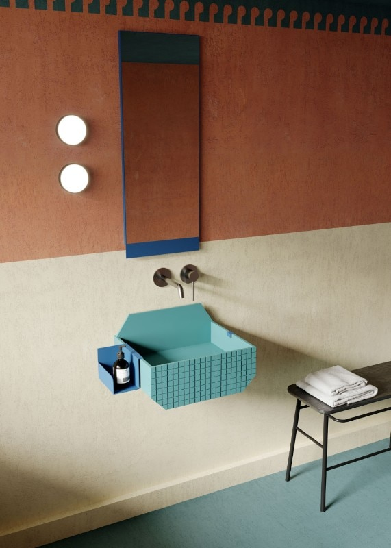 The washbasin by Marcante-Testa is a mini-architecture inspired by Roy Lichtenstein