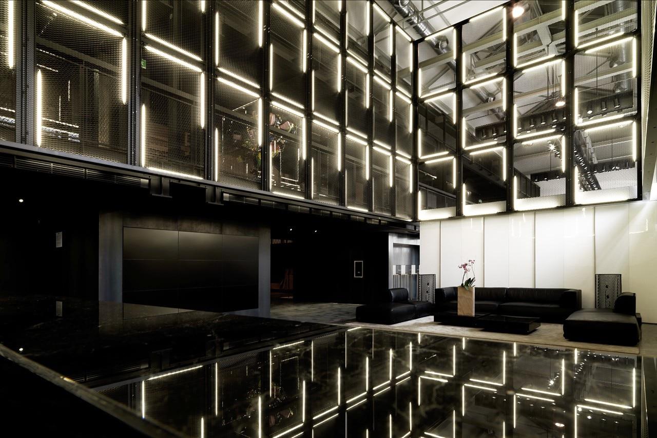 showroom moncler milano via solari
