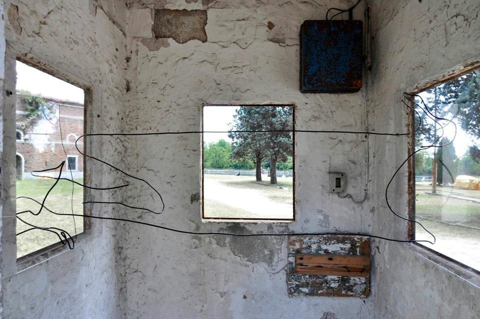 Super Arte contemporanea per conoscere un luogo? - Domus IE06